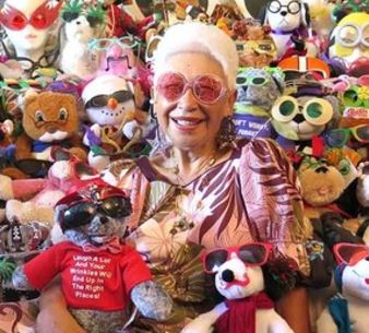 Meet 87-years Old Betty Webster: Guinness World Record Holder For The Largest Collection Of Sunglasses With 1,506 Pairs