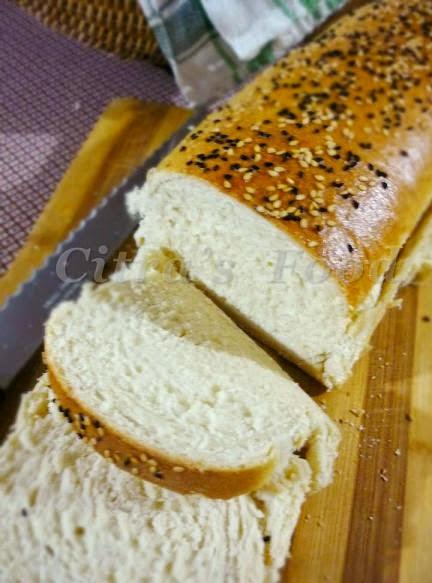 Sandwich White Bread / Roti empuk tanpa telur | Citra's Home Diary. #egglessbread #egglesssoftbun #softbread #homemadebreadrecipe #sandwichbread