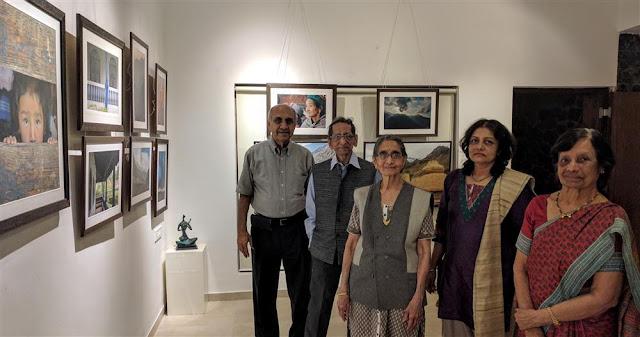 (L to R) Dr. Vinod Deshmukh, Shri. S. D. (Shi. Da.) Phadnis, Smt. Phadnis, Roopa Deodhar, Smt. Deshmukh at Indiaart Gallery