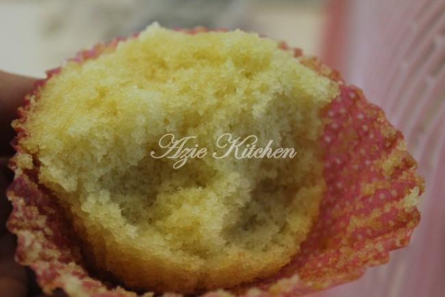 Vanilla Cupcakes Gebu Moist