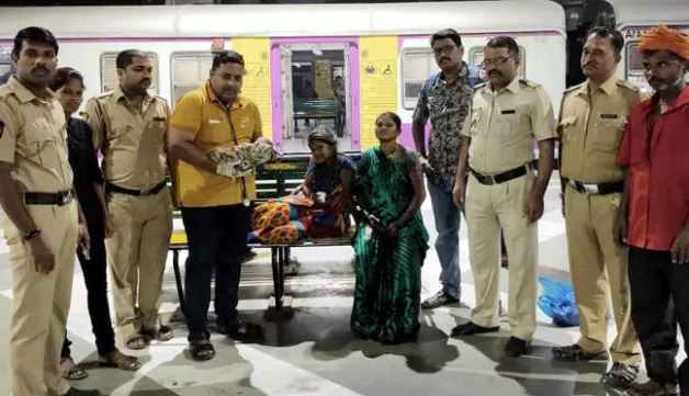 'One rupee clinic' again showed amazing, delivery of woman at railway station