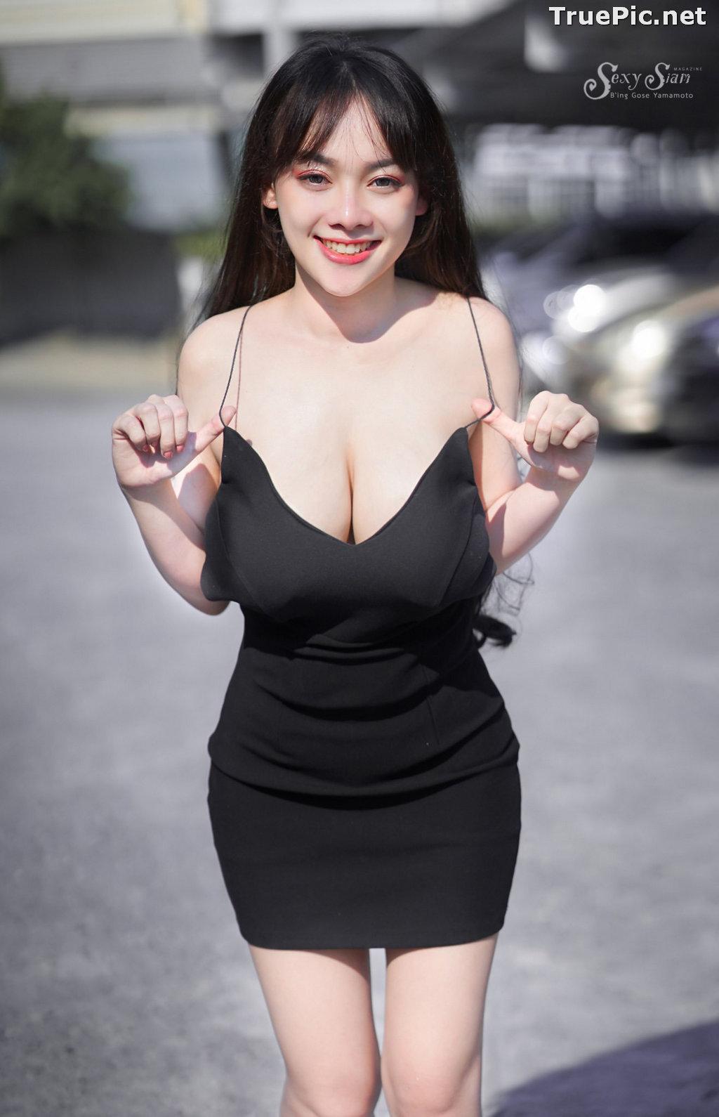 Image Thailand Model - จุ๊ปเปอร์ จุ๊ป - Sexy Black Car Girl - TruePic.net - Picture-1