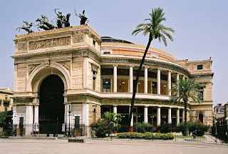 The Teatro Politeama Garibaldi in Palermo staged the world premiere of Di Vittorio's Sinfoni No 3 Templi di Siciliana