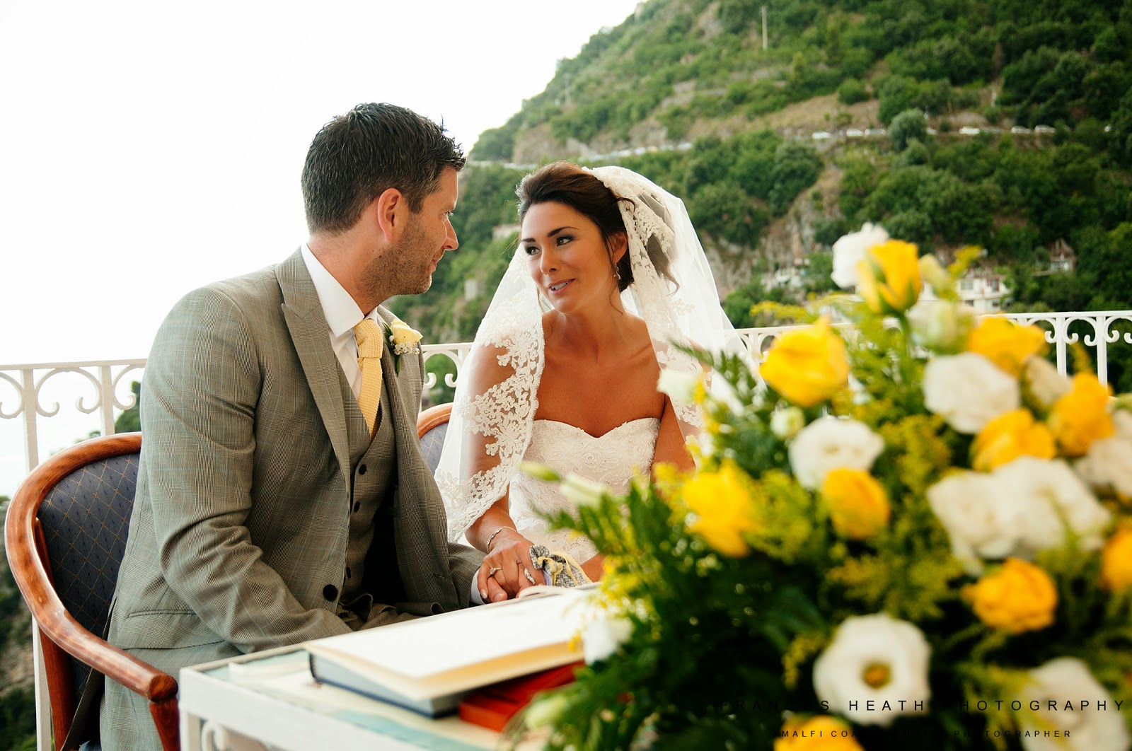 Civil wedding ceremony in Positano