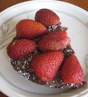 portion of strawberry chocolate cake (raw)