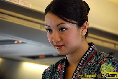 10 Most Beautiful Air Hostess in The World with Airlines