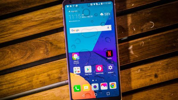 تسريب أول فيديو لتجربة هاتف غالاكسي S8 قبل صدوره رسميا