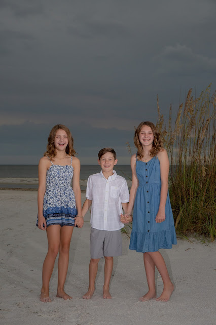 Candid Family Pictures Fort Myers