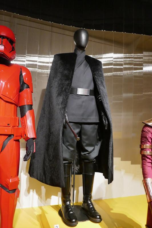 Star Wars Rise of Skywalker General Pryde costume