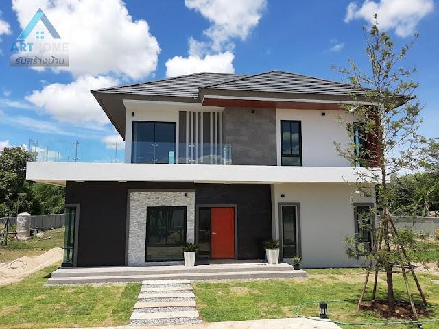 แบบบ้านสองชั้นราคาถูก 2,300,000 บาท