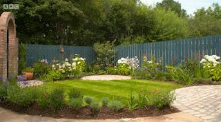 Nichola McGregor garden