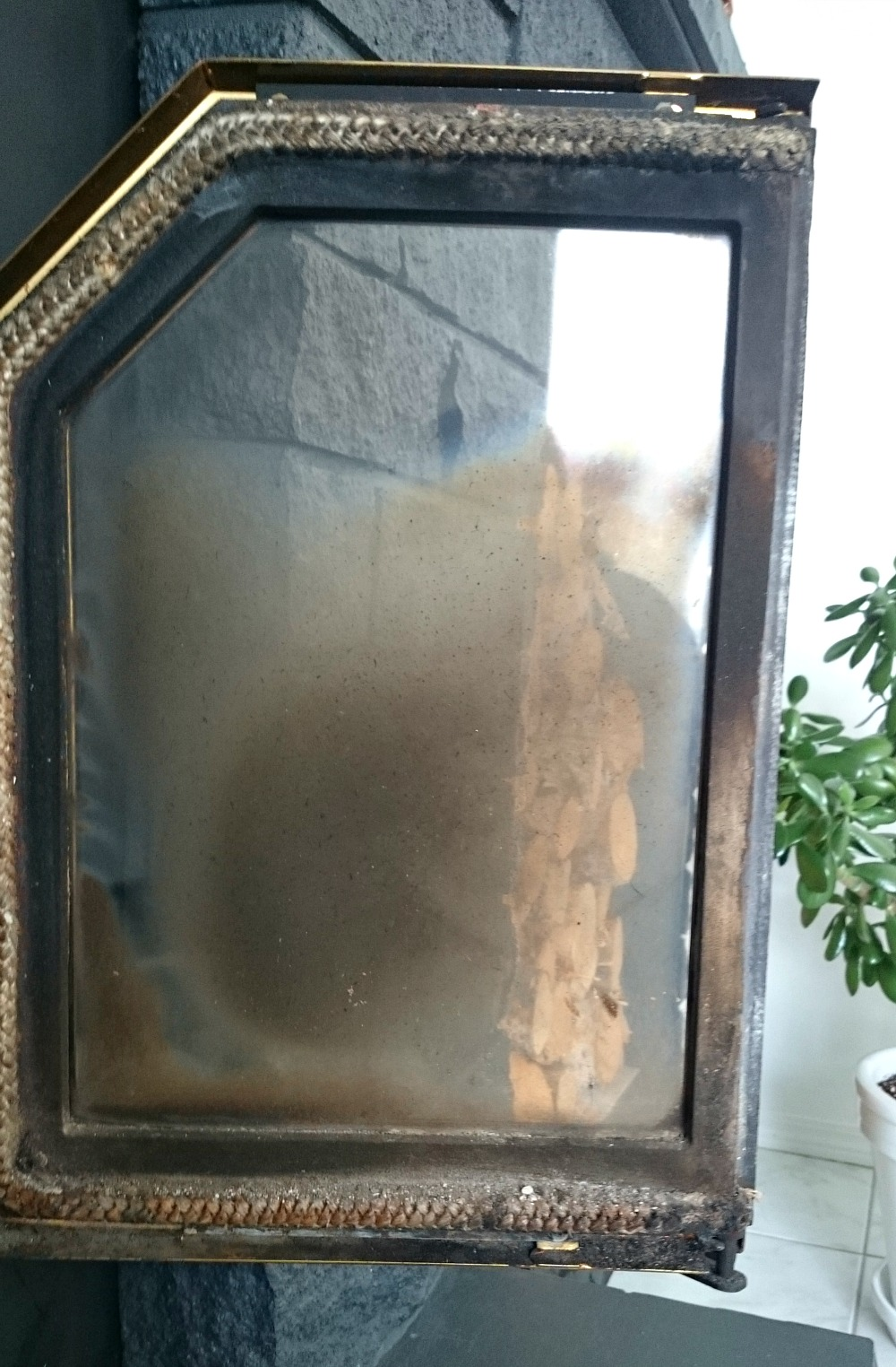 Cleaning Fireplace Doors