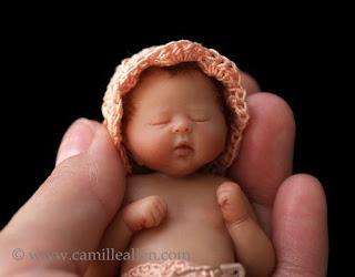 Bebe miniatura