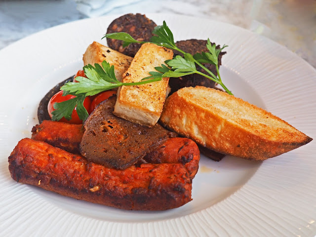 Radisson Blu Review Birmingham City Centre Hotel Vegan Breakfast Menu