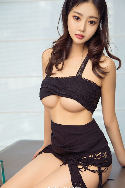 Hot and sexy big boobs photos of beautiful busty asian hottie chick Chinese booty model Ran Su Er photo highlights on Pinays Finest sexy nude photo collection site.