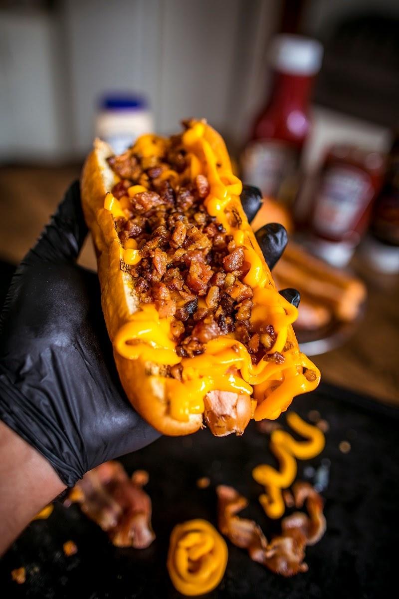 Delivery de hot-dog em Campinas (SP) reproduz o lanche de diversas partes do mundo