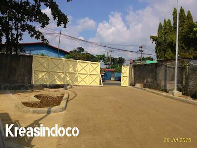 Pintu Gerbang PT AGS di Karadenan Kedung Halang Bogor