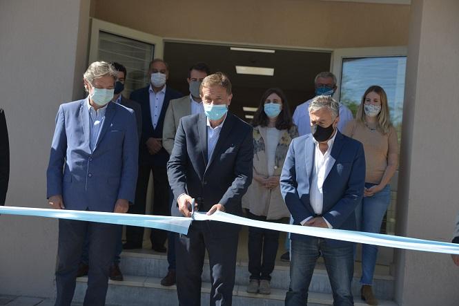 Suarez inauguró la última etapa de las obras del Hospital Teodoro Schestakow
