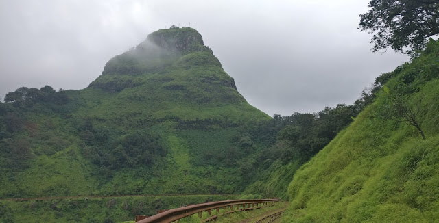 Kadyavarcha Ganpati, Peb fort