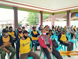 Babinsa Koptu Puput Hadiri Pembentukan Posko Relawan Siaga Covid-19