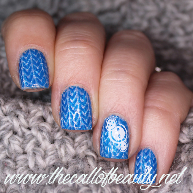 Nail Art Winter Blue & White Sweater