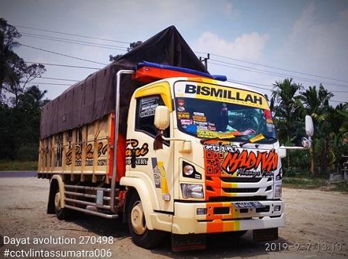 Modifikasi Truk Indonesia
