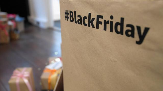 Black Friday: appel à la grève chez Amazon