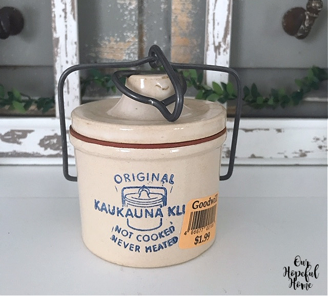 original kaukauna klub cheese crock Wisconsin