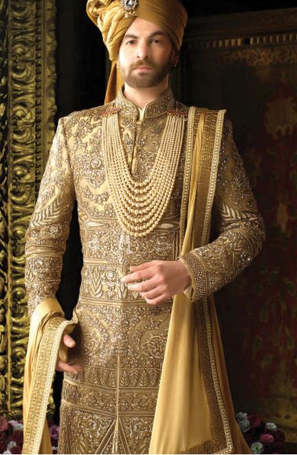 Latest Sherwani Designs 2017: Wedding Sherwani With Latest Designs of 2017 - Groom Sherwanirh:groomsherwani.com,Design