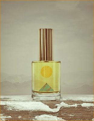 7cc5127cacd54 Edição limitada, destinada aos colecionadores e estudiosos da perfumaria,  compreende 200 frascos numerados e assinados pelo perfumista.