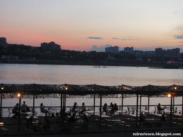Иркутск - ресторанчик на берегу Ангары