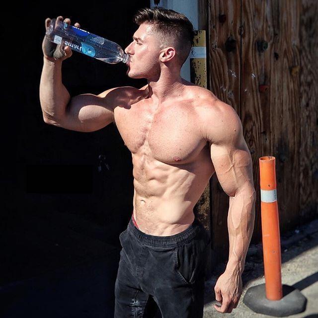hot-fit-shirtless-muscular-guys-drinking-water