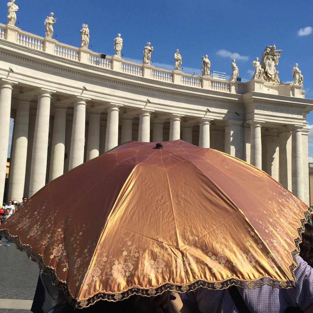 Saint Peter's Square | accessories, travel, Italy, Rome, Vatican, sky, vintage, romantic, victorian, baroque, rococo, aesthetic, inspiration, umbrella, places, bohemian | Allegory of Vanity