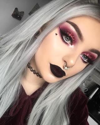 maquillaje aesthetic rojo vino