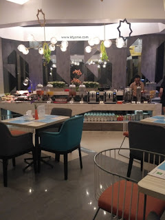 streats restaurant ibis styles medan pattimura