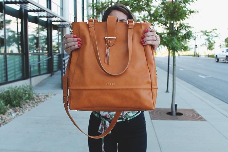 barri handbags, tan tan, vegan leather purse