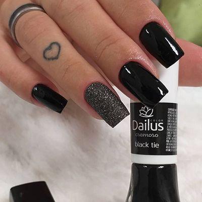 Dailus: Black Tie