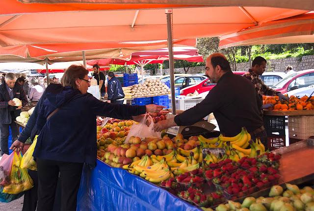 Η λίστα των παραγωγών που θα δραστηριοποιηθούν στη λαϊκή αγορά του Ναυπλίου το Σάββατο 9/5