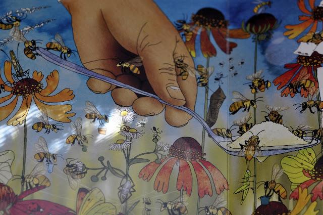 Nasza Księgarnia, Opowiem Ci mamo, Opowiem Ci mamo skąd się bierze miód, o pszczołach, książka o pszczołach, budowa ula