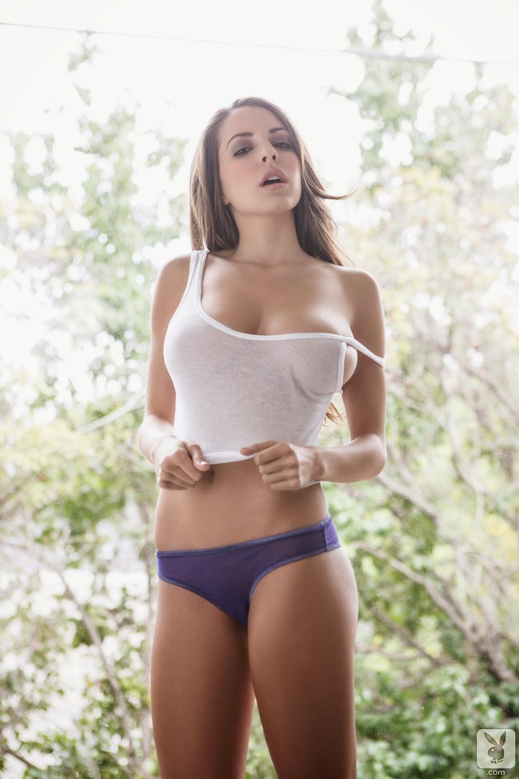 Girl 15 Naked