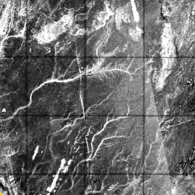 Radar image of paleo-rivers in modern Mauretania, atlantis.filminspector.com