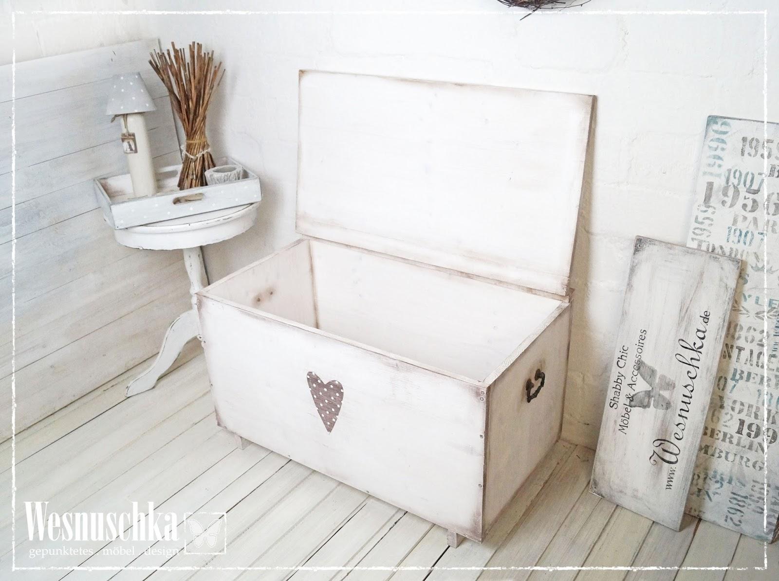 hochglanz einbauk che edel. Black Bedroom Furniture Sets. Home Design Ideas