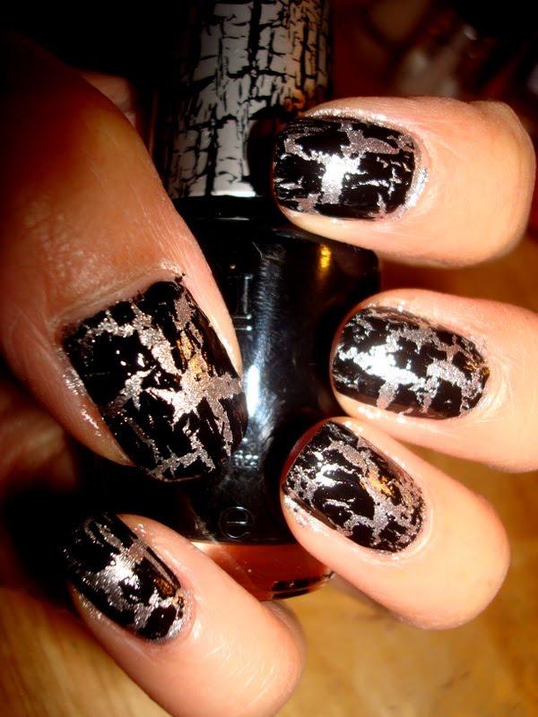 CrystaLs NaiL DesignS: katy perry crackle nail polish