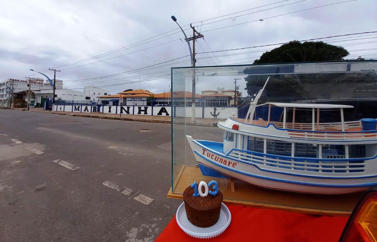 Bolo e réplica do Tucunaré pelos 103 anos da Capitania dos Portos em Santarém