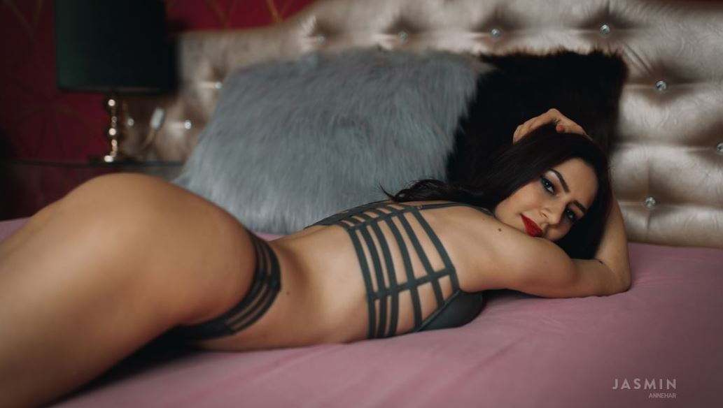 AnneHar Model GlamourCams