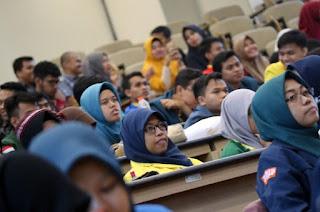 Semangat Pemuda Melalui Inspiring Leadership Talk