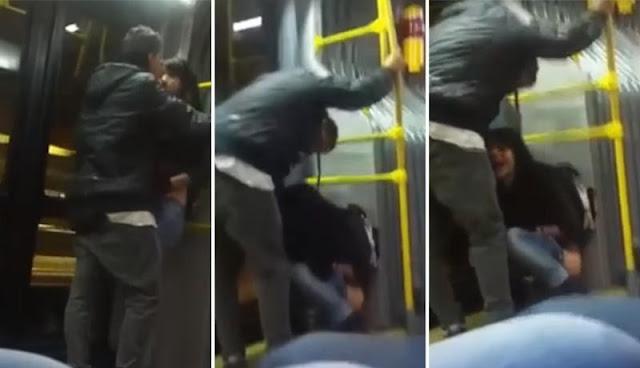 No se aguantó y se hizo pipi en el transporte público