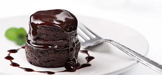 طريقة عمل كيكة الشوكولاتة بالصوص