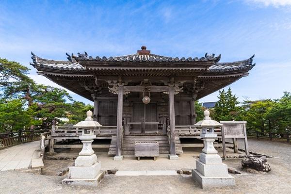 ศาลเจ้าโกะไดโด (Godaido Shrine) @ www.tohokukanko.jp