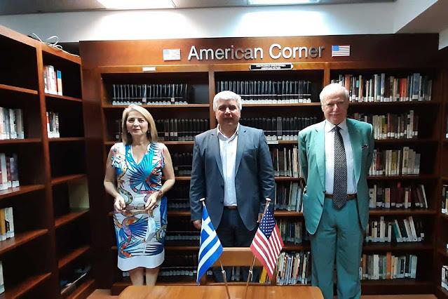 Τέσσερις πλήρες υποτροφίες σε απόφοιτους λυκείου, από τον Δήμο Πρέβεζας, για φοίτηση στο Hellenic American College, προσφέρονται από την Ελληνοαμερικανική Ένωση στο Δήμο Πρέβεζας.
